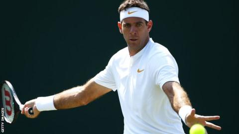Tenacious Simon takes Del Potro into second day