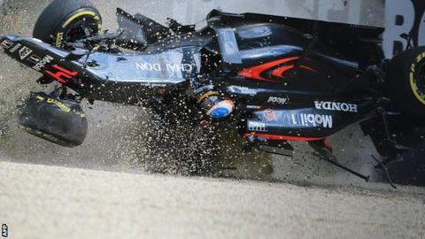 Fernando Alonso's crash at the Australian Grand Prix