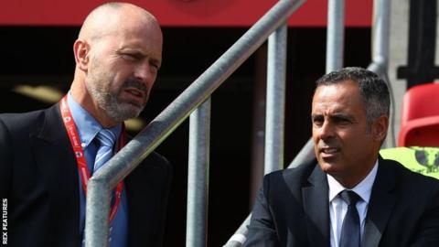 Mark Bowen (L) and Jose Gomes (R)