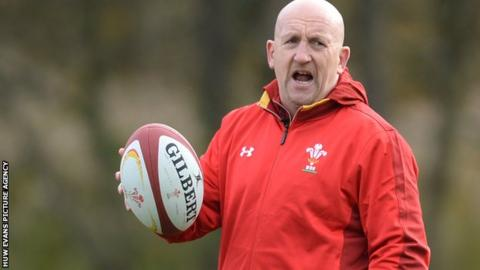 Wales coach Shaun Edwards shouts instructions during a training session