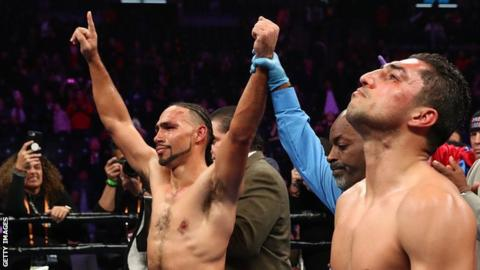 Keith Thurman is declared the winner against Josesito Lopez