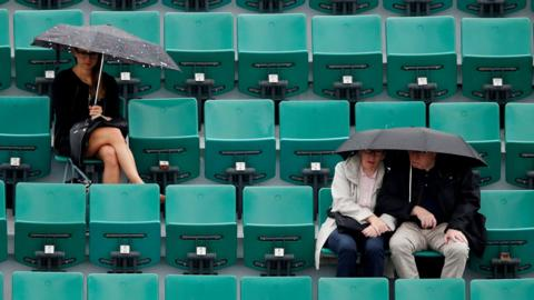 Tennis - French Open - Roland Garros, Paris, France - May 28, 2018 Spectators in the stand