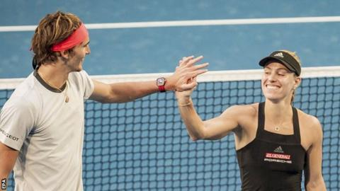 Federer-Bencic outclasses Zverev-Kerber in final