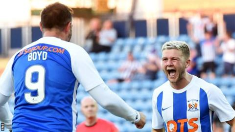 Kilmarnock's Kris Boyd and Dom Thomas celebrate against Clyde
