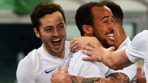 Ryan Mason celebrates Andros Towsend's England goal against Italy in 2015