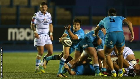 Santiago Arata launches a Uruguay attack against Cardiff Blues