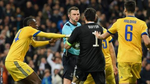 Referees' chief Marcello Nicchi: 'Gianluigi Buffon wrong on Michael Oliver'