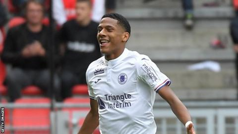 Barcelona seals deal for Jean-Clair Todibo in July