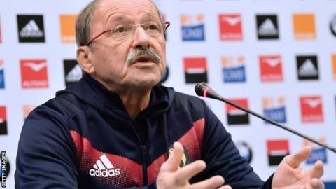 France coach Jacques Brunel speaks to the media