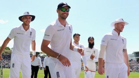 England leave the field after dismissing Australia