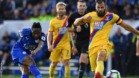 Musa scores his first goal for Leicester