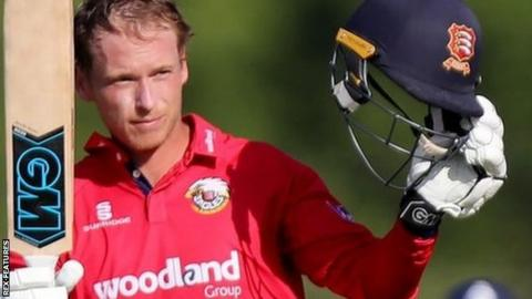 Tom Westley reaches 100 for Essex against Middlesex at Radlett