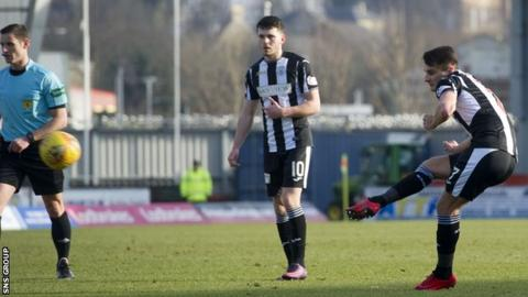 A free-kick from Kyle Magennis led to the only goal in Paisley