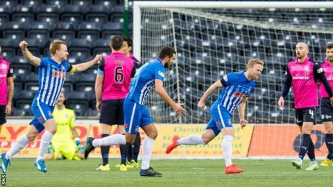 Rory McKenzie scores for Kilmarnock