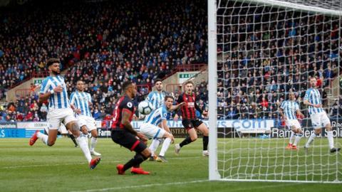 Callum Wilson scores for Bournemouth against Huddersfield