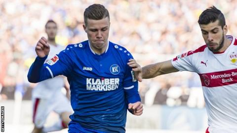 Florian Kamberi in action for Karlsruhe against Stuttgart in October 2016