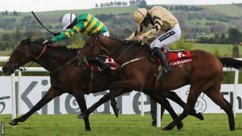 Unowhatimeanharry beat Nichols Canyon by a head in the Champion Stayers' Hurdle at Punchestown