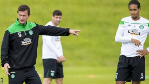 Celtic manager Ronny Deila and Virgil van Dijk in training