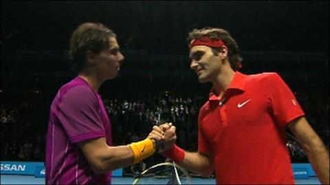Highlights - Federer beats Nadal in London