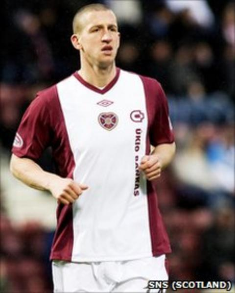 Hearts striker Calum Elliot