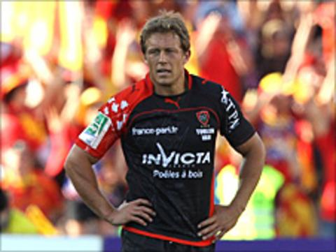 Jonny Wilkinson in action