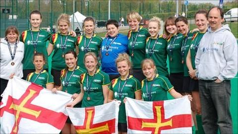 Guernsey Ladies hockey team and coaches