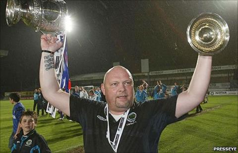 David Jeffrey celebrates Linfield Premiership success in April 2010