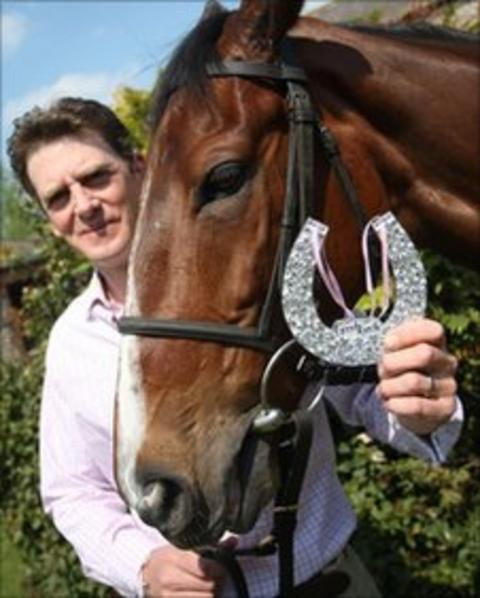 Trainer Nick Gifford wishes good luck to his horse Royal Wedding