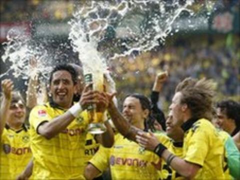 Borussia Dortmund celebrate victory