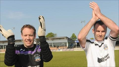 Philip Matthews and Glenn Ferguson acknowledge the Whites fans after playing their final game