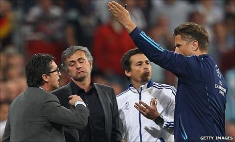 Jose Mourinho is sent to the stands during the first leg