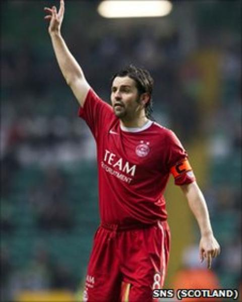 Paul Hartley in action for Aberdeen