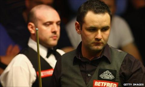 Stephen Maguire (right) and Jamie Burnett