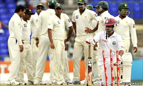 Ramnaresh Sarwan is dismissed