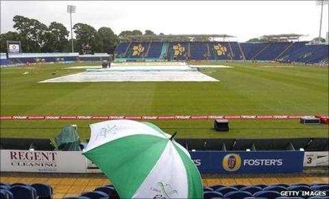 Rain delays play at Cardiff