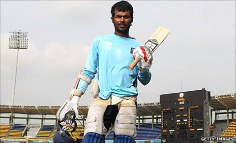 Upul Tharanga poses with his kit
