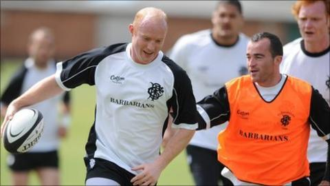 Martyn Williams (left) training with the Barbarians squad to face Wales