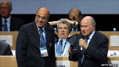 Mohamed Raouraoua (left) and Fifa president Sepp Blatter