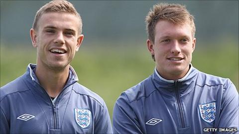 Jordan Henderson (left) and Phil Jones