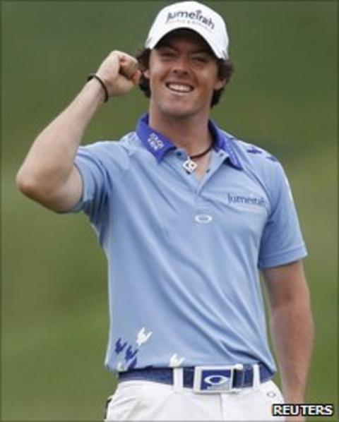 Rory McIlroy celebrates at the 18th after winning the US Open