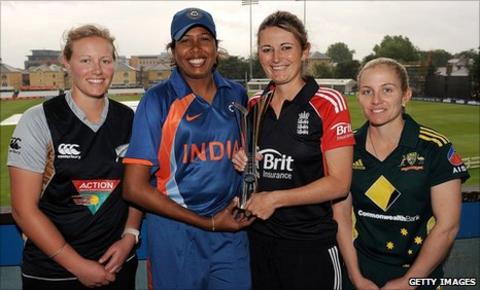 Aimee Watkins, Jhulan Goswami, Charlotte Edwards and Jodie Fields