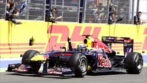 Sebastian Vettel wins in Valencia