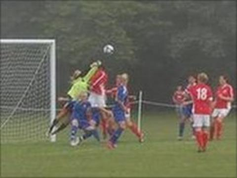 Jersey force save from Aland goalkeeper