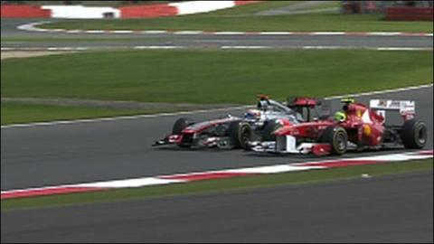Lewis Hamilton and Felipe Massa tussle at Silverstone