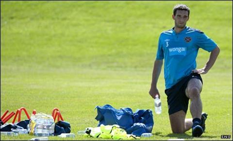 Lee Wallace at Hearts training
