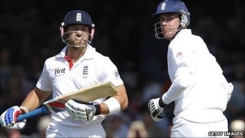 England's Matt Prior and Stuart Broad