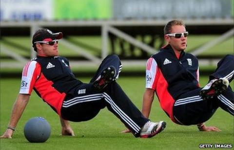 Ian Bell and Stuart Broad
