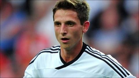 Swansea City midfielder Joe Allen