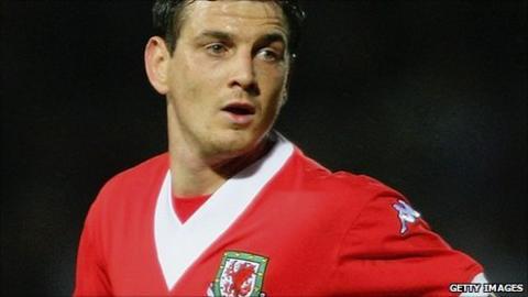 Chris Llewellyn