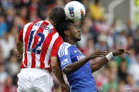 Marc Wilson (left) and Salomon Kalou (right)